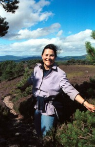 Diana Gabaldon at Drover's Pass in Scotland. Rothiemurchus Estate. Photo © Barbara Schnell.